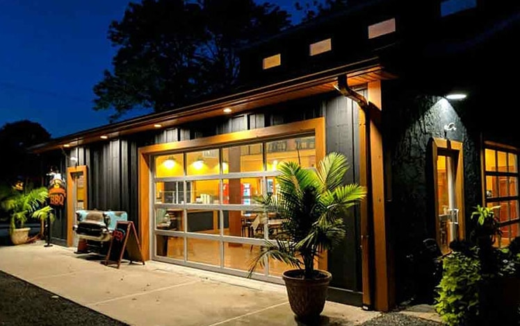 joe-bosco-authentic-smokehouse-bbq-outside
