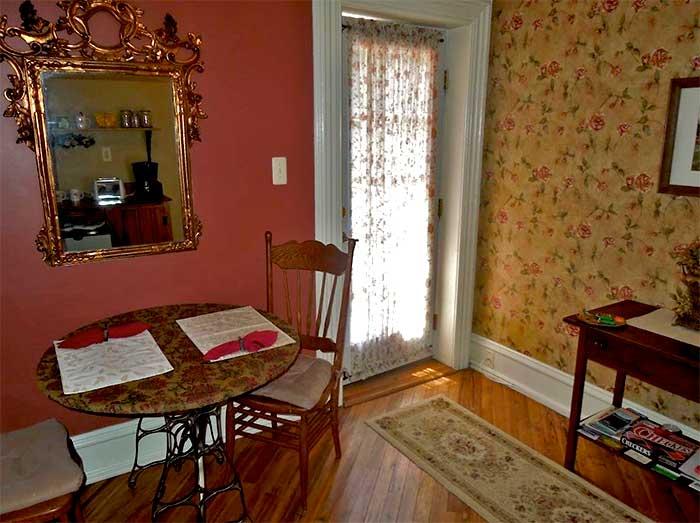 kelly-suites-on-broadway-door-and-sittng-room