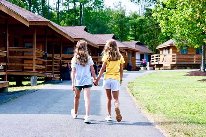 lake-camp-bryn-mawr-cabins