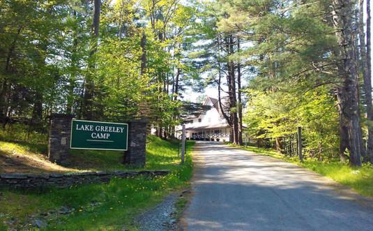 lake-greeley-camp-entrance-and-main-building