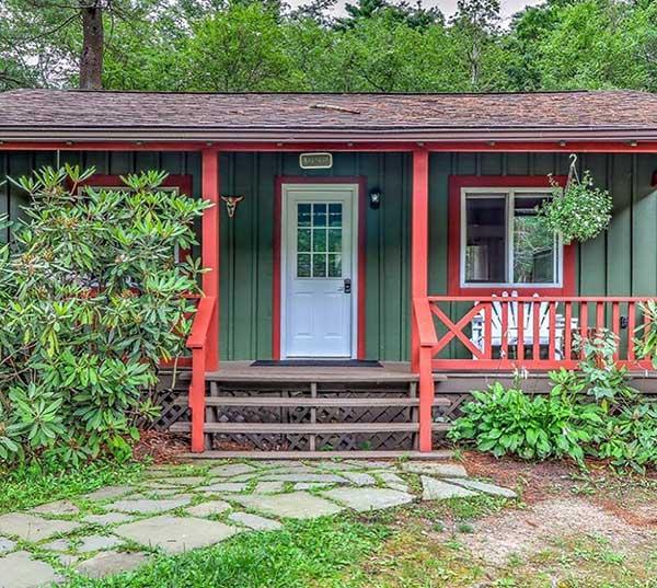 magnolia-streamside-cottages-laurel-cottage