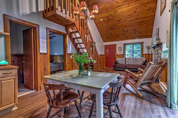 magnolia-streamside-resort-cabin-great-room