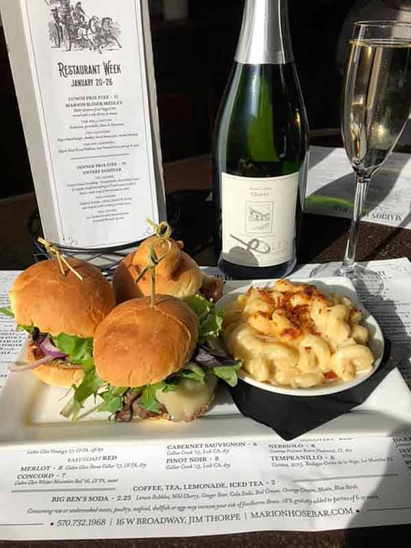marion-hose-bar-sliders-and-mac-and-cheese