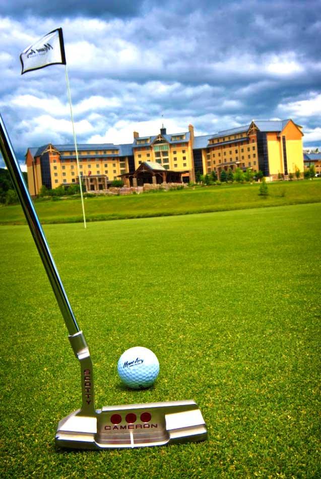 mount-airy-casino-resort-golf-flag