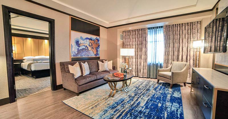 mount-airy-lodge-resort-guest-suite