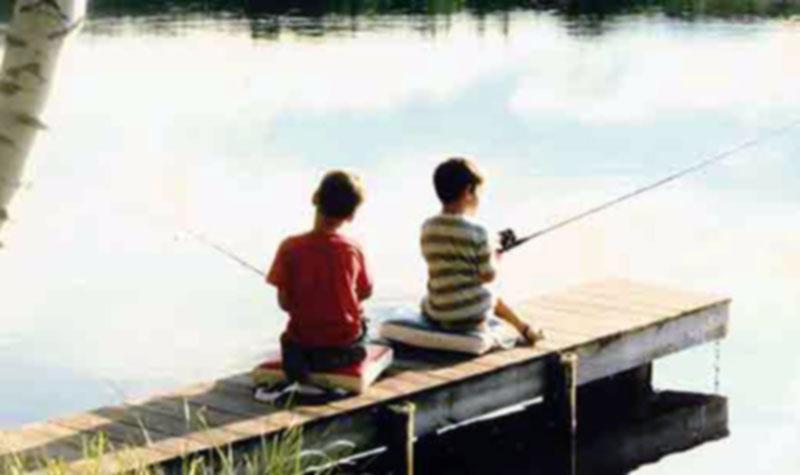 mountain-springs-lake-resort-2-little-boys-fishing-from-pier