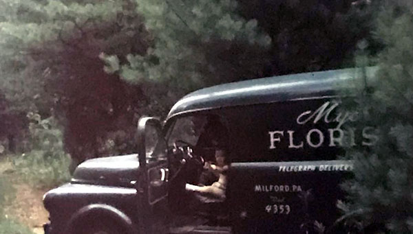 myers-the-florist-delivery-van-1950