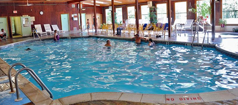 otter-lake-camp-resort-indoor-pool