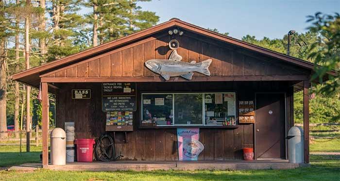 paradise-fishing-preserve-fish-shack