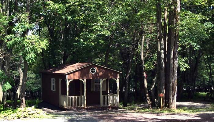 peaceful-woodlands-family-campground-cabin-in-the-woods