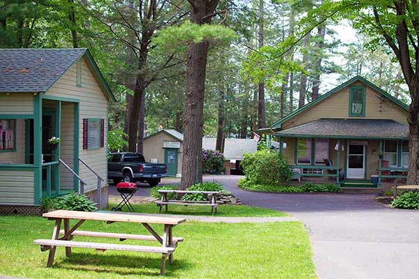 pine-grove-cottages-two-cottages-and-the-office
