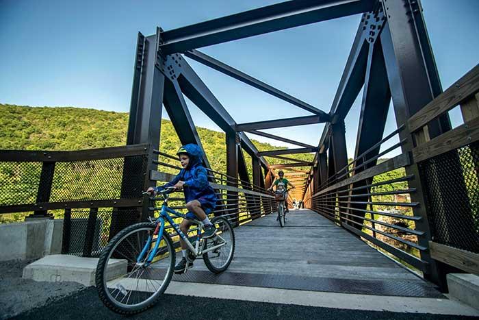 pocono-biking-crossing-the-bridge