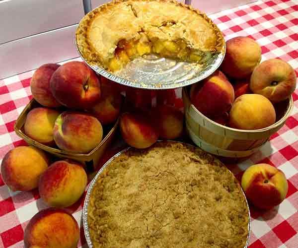 pocono-farmstand-peach-pie