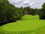 pocono-hills-golf-course-fairway-and-flag