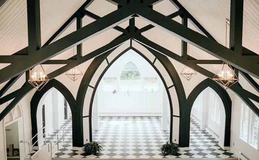 pocono-palms-church-interior with arches
