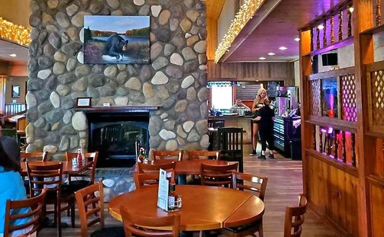 promised-land-inn-dining-room-fireplace