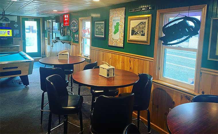 reilly's irish pub interior