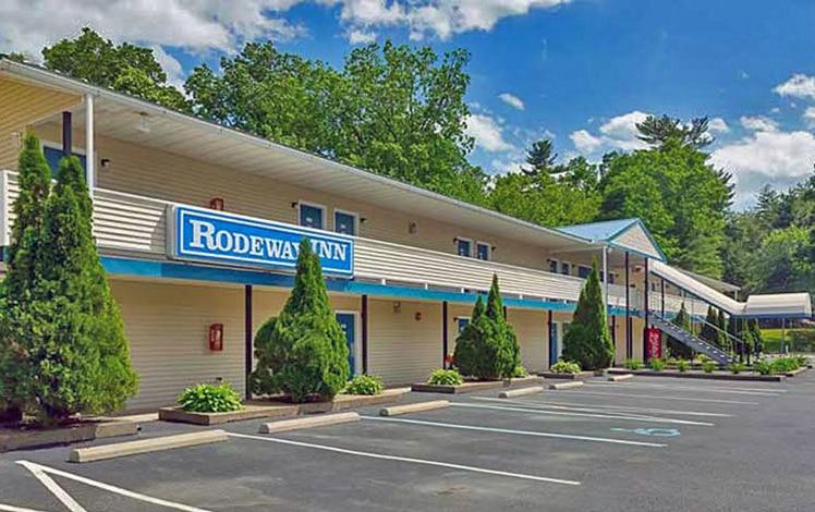 rodeway-inn-milford-blue-sky