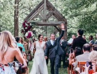 settlers-inn-wedding-couple-walking-down-the-aisle