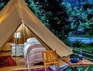 shawnee-on-delaware-glamping-chair-and-tent