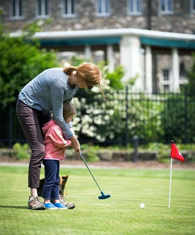skytop-lodge-golf-woman-with-child