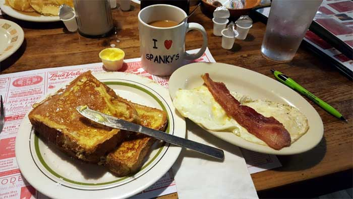 spanky's-country-breakfast-and-lunch-french-toast
