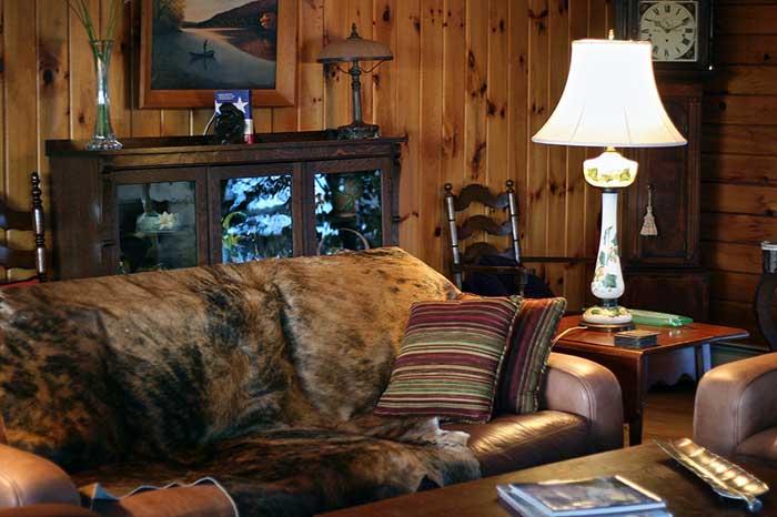 starlight-lodge-living-room
