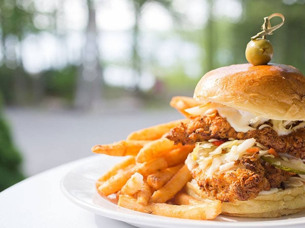 the-boathouse-restaurant-chicken-sandwich