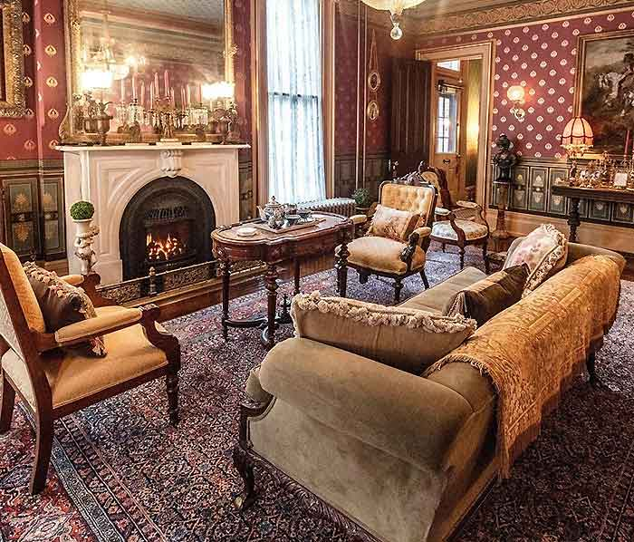 the dimmick house living room with fireplace