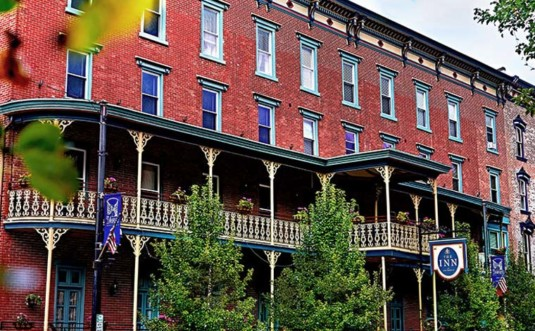 the-inn-at-jim-thorpe-exterior-and-row-of-buildings