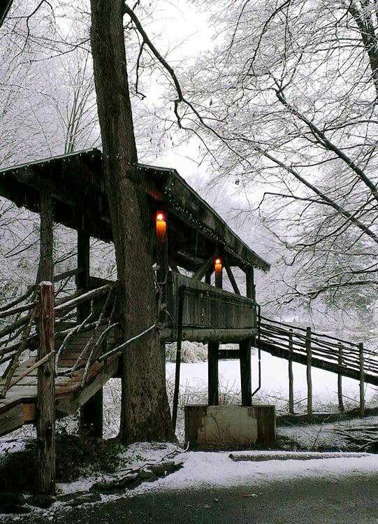 the-minisink-hotel-slump's-bridge