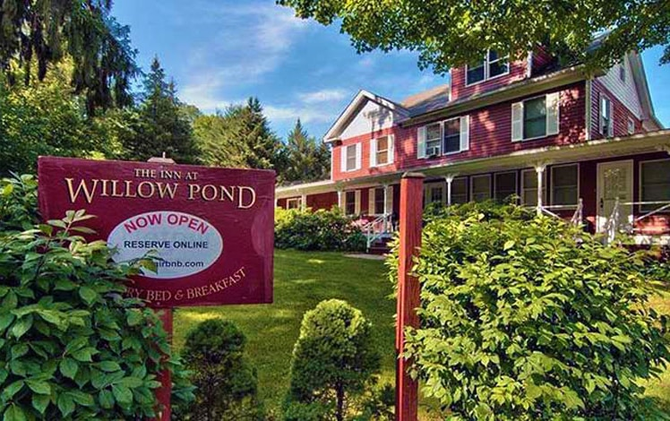 the willow pond exterior