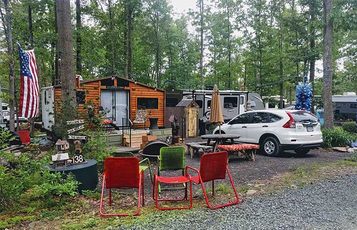 the-woods-campground-cabin-and-fire-pit