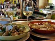 trattoria-903-bowls-of-pasta-and-wine-at-bar