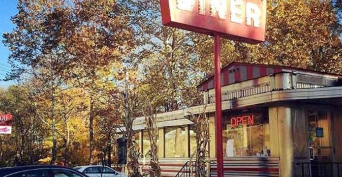 village-diner-milford-exterior-in-autumn
