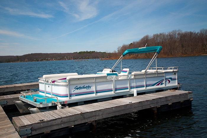 wallenpaupack-boat-tours-pontoon