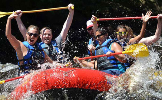 whitewater-challengers-adventure-rafters-on-water