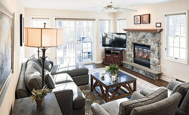woodloch-pines-living-room-2